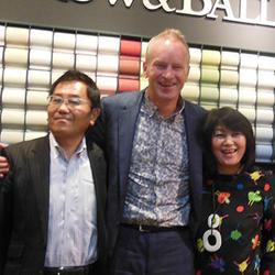 CEOのドン氏と秋山夫妻