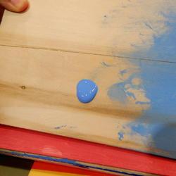 「水性ウッドジェルステイン」板を立てても塗料が垂れない