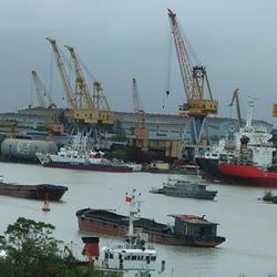 ベトナム北部の物流拠点となるハイフォン港湾