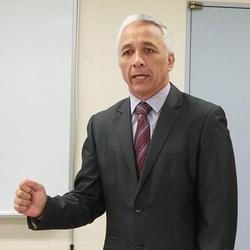 DGL社・Tony Keepa氏