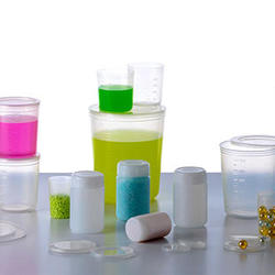 人気の高い離型剤フリーの軽量カップ。 塗料以外の採用も増えているという